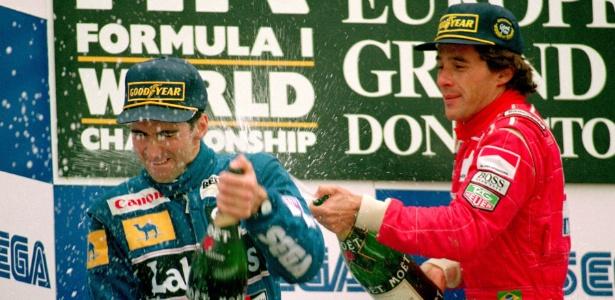 damon-hill-e-ayrton-senna-celebram-podio-em-1993-1378389443640_615x300